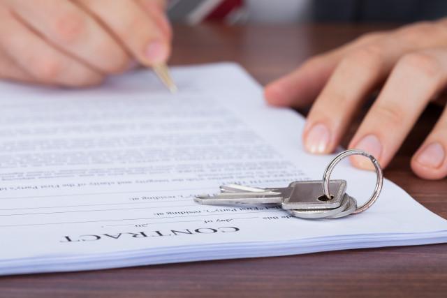 Il contratto di mediazione immobiliare, di cosa si tratta e come funziona
